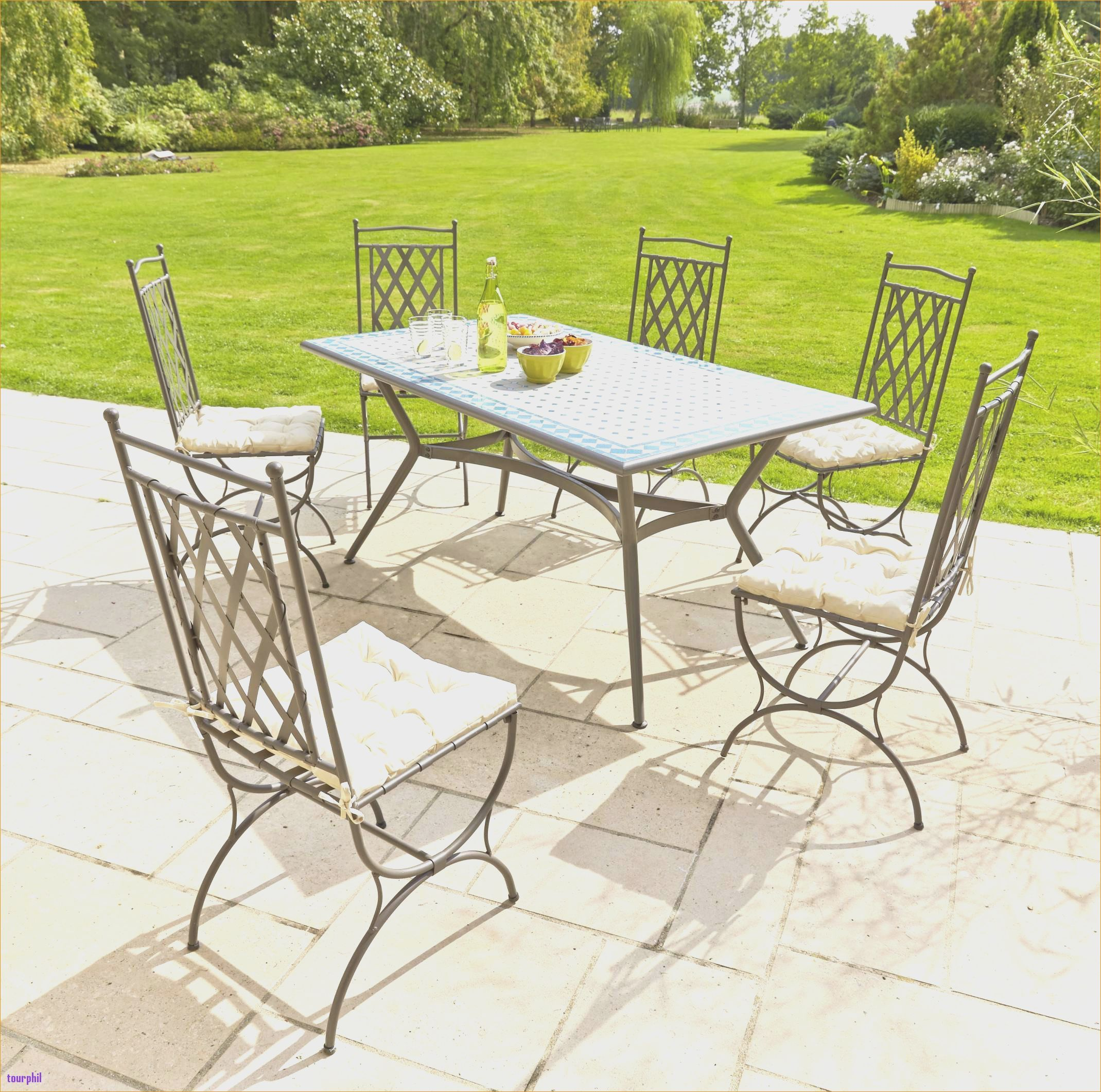 Carrefour Table Et Chaise De Jardin Chaisedeammaassispliablecube Chaisedebar Chaisededouchepliablearoulettes Chaisedegaming Chaisedesal