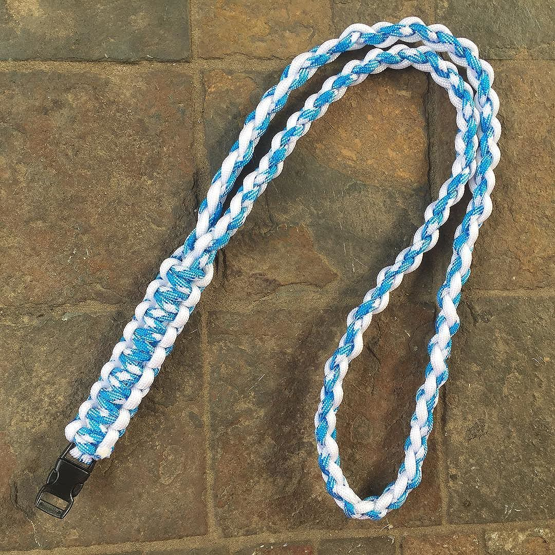 White Paracord And White Aqua Paracord Cobra Stitch And Square