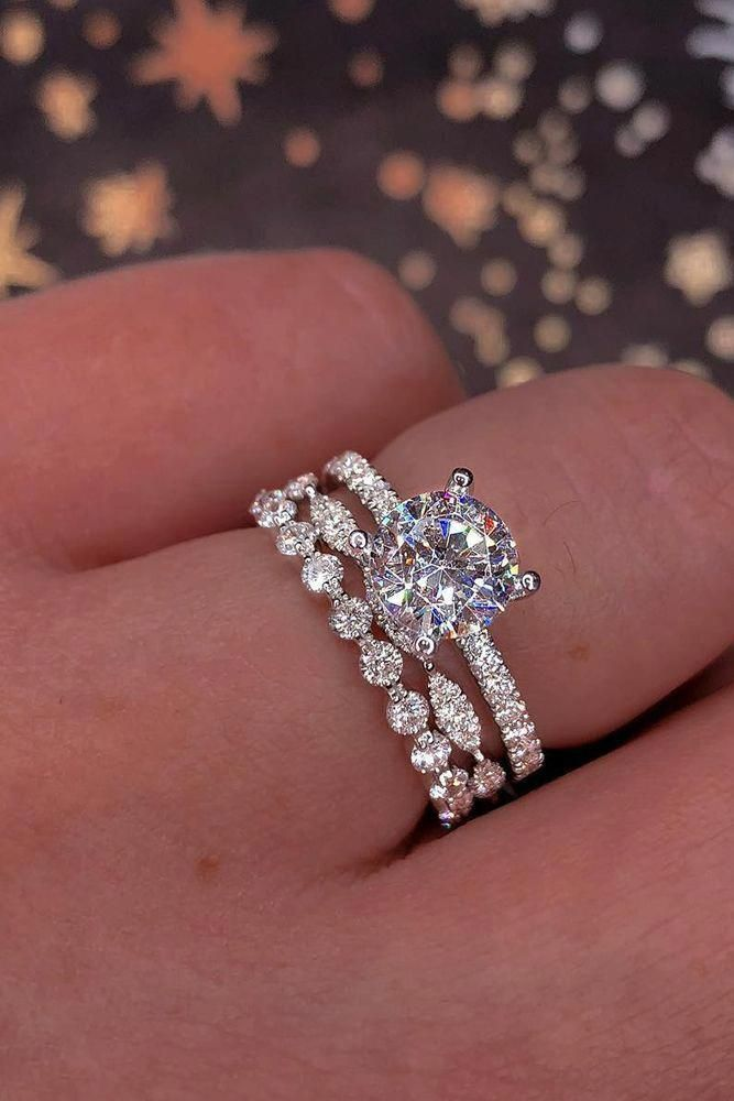 Oval Moissanite Engagement Ring 14K Two Tone Gold Engagement Ring Moissanite Floral Ring – mom