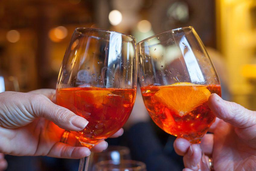 Készíts különleges narancsbort házilag! | Aperol spritz ...