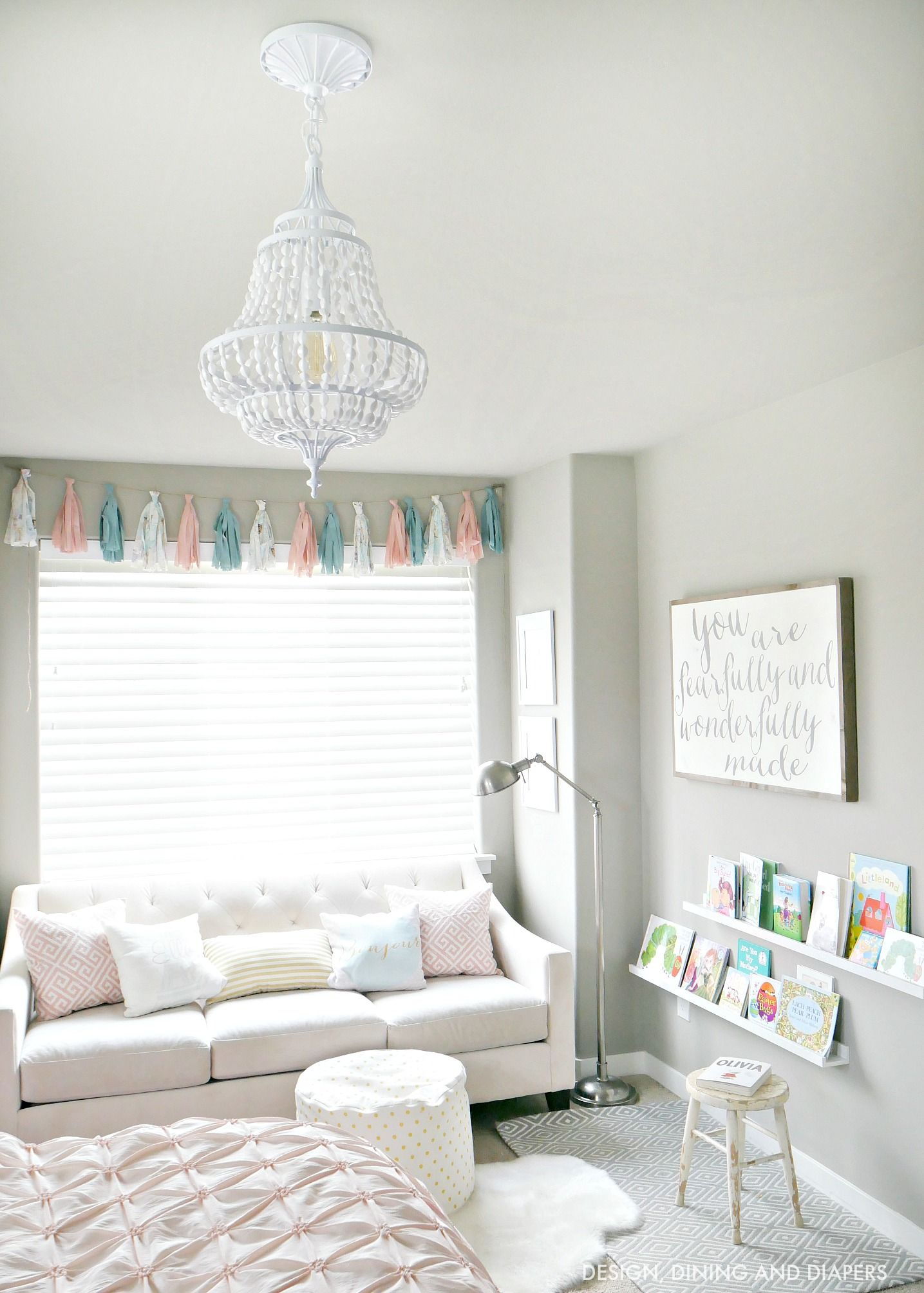 Little Sroom With White Chandelier