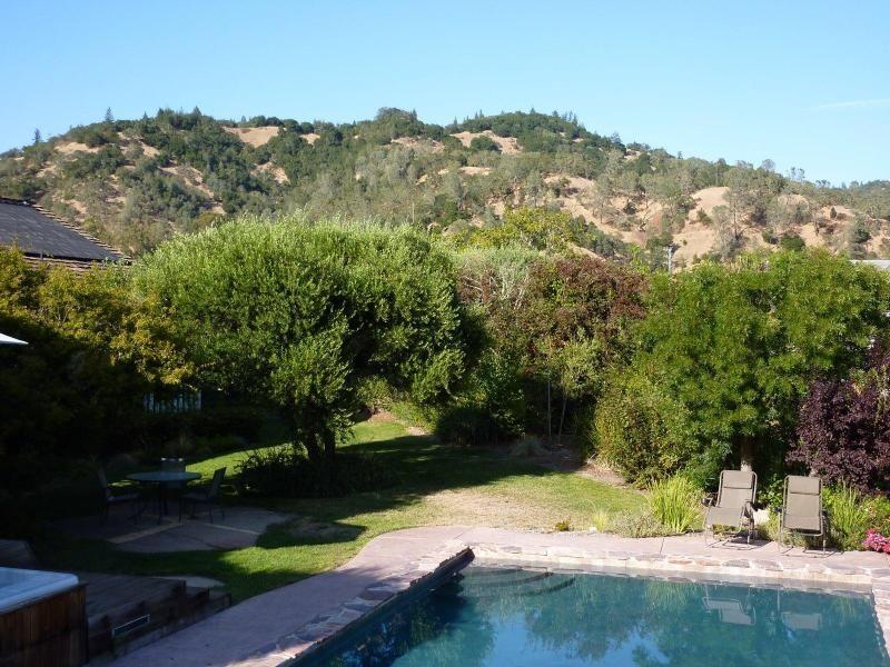 Private Retreat near Vineyards in Calistoga Calistoga