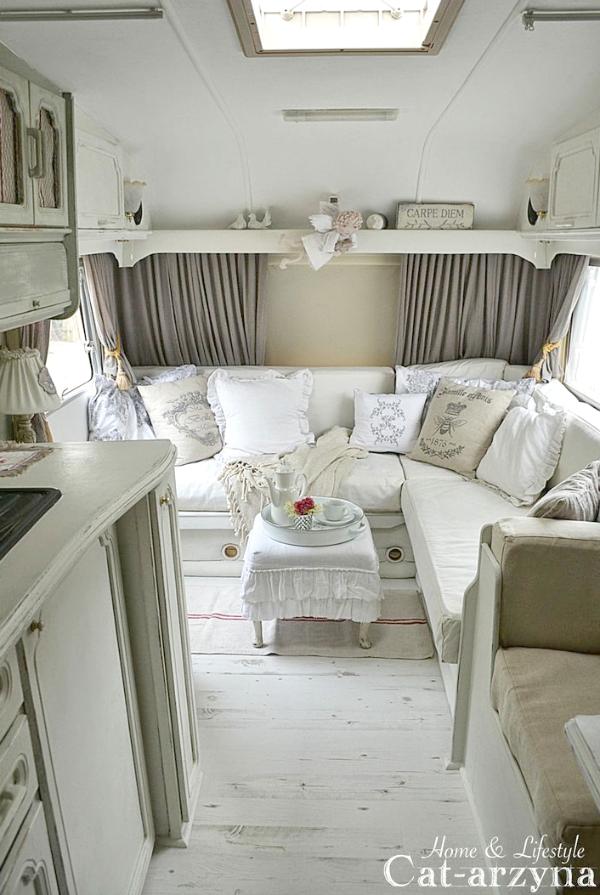 more vintage campers glamping pinterest wohnwagen wohnmobil und wohnwagen renovieren. Black Bedroom Furniture Sets. Home Design Ideas