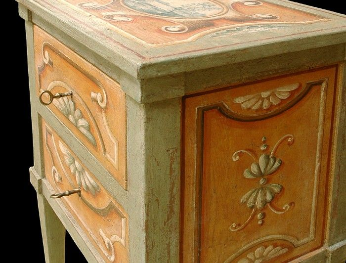 Antique painted furniture 40