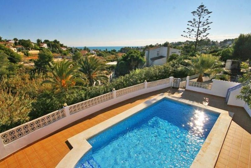 A great location for your Spanish vacation in Costa Blanca would be