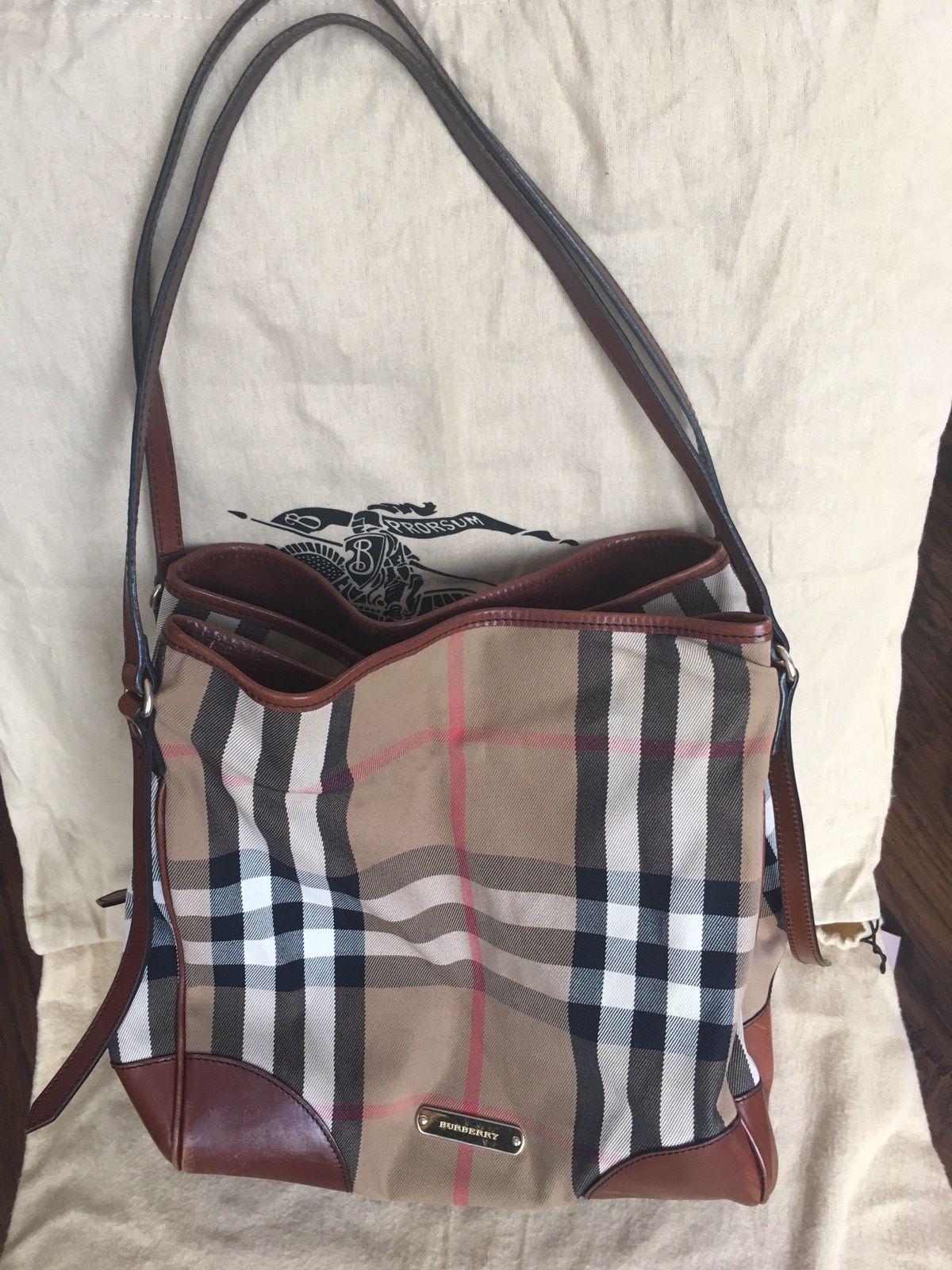 Burberry Handbag Authentic 305 0
