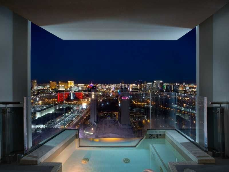 Full Strip Views From Full Balcony And Jacuzzi This Is