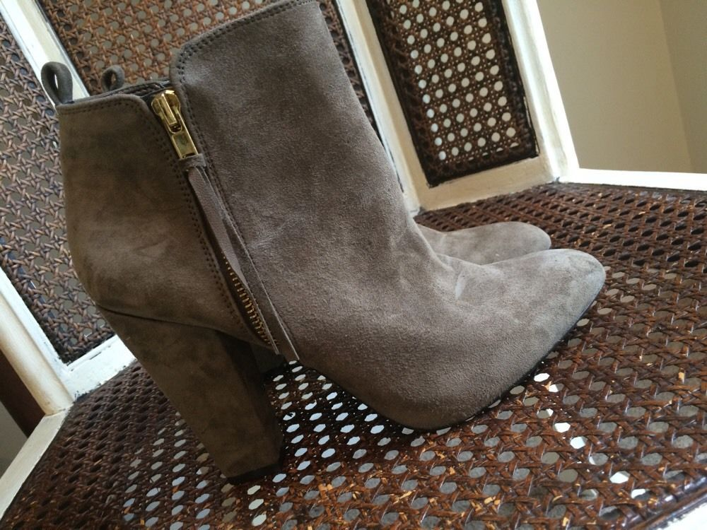 NEW $150 Steve Madden Jannyce Gray Suede Ankle Boot Double Zip Chunky Heel - 7.5 #SteveMadden #AnkleBoots #Casual