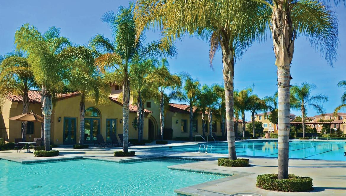 Fabulous Pool Clubhouse Fitness Center Complex At The Summit Eastlake Http Www Cornerstonecommunities Com Eastlake Homes Vacation Rental Otay Ranch Vacation