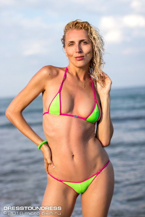 kamshoti-russkoe-bikini-modeli-galerei-spermi-vlagalishe-polovie
