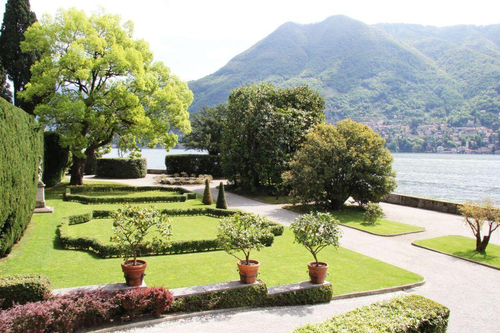 Villa Pizzo | Cernobbio, Lake Como | Italian villas | Pinterest ...