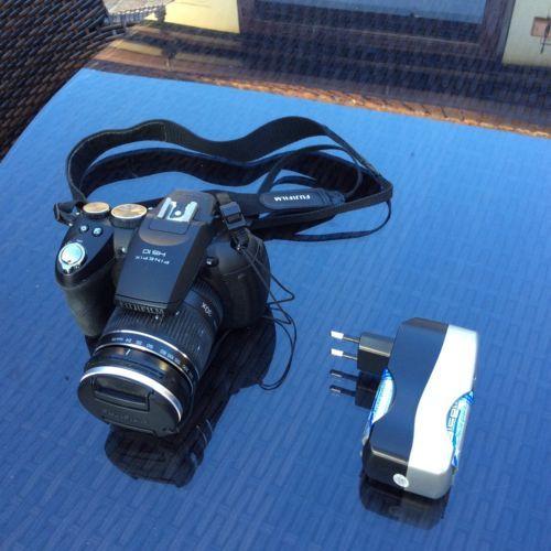 Fujifilm FinePix HS Series HS10 10.3MP Digital Camera - Black https://t.co/arw6QkAxF5 https://t.co/wOkIHkwYZS