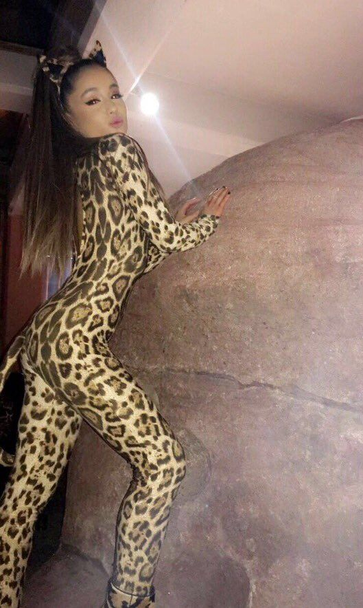 How to Steal Ariana Grandes Style - Shop Ariana Grandes
