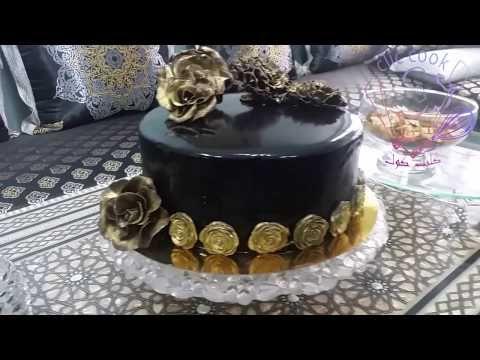 طورطة راقية كيك الشوكولاته بموس الفراولة مع كلاصاج لامع X2f Chocolate Cake Youtube Chocolate Mug Cakes Cake Chocolate Cake Decoration