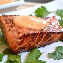 Teriyaki salmon with sriracha mayo #teriyakisalmon