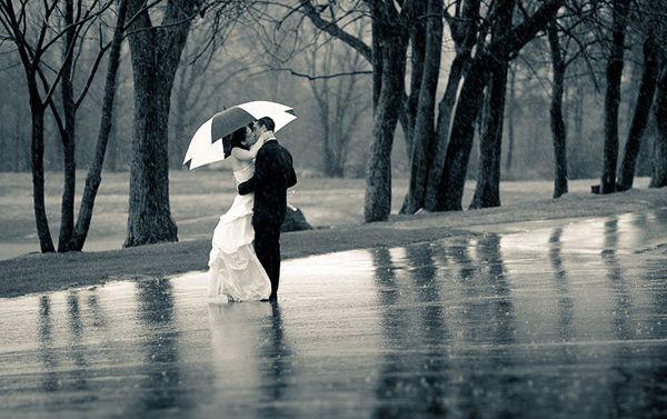 5 Tipps Heiraten Im Regen Regen Hochzeit Hochzeitsfoto Regen Und Fotos Hochzeit