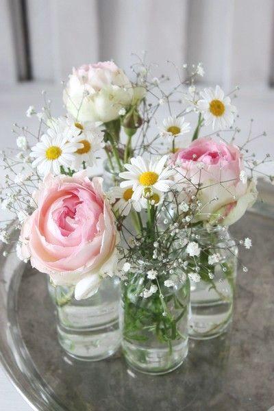 Pin Von Leen Gits Auf Pasen Dekoration Hochzeit Blumendeko Tischdekoration Hochzeit