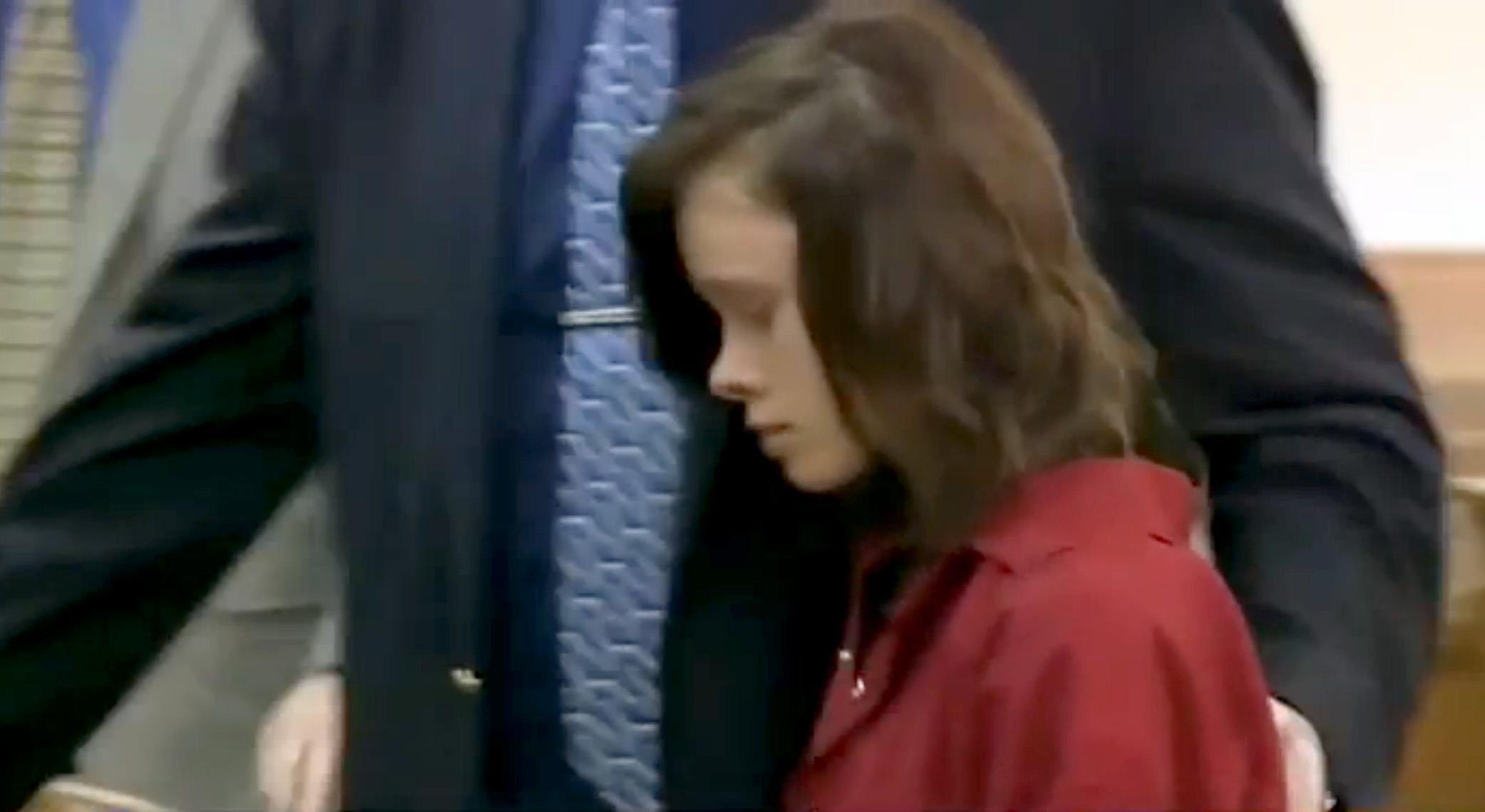 Roksana Sikorski 15 Backed By Parents She Allegedly