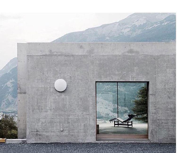 Architecture by Patrick Gartmann Photo by Thomas Dix H O M E