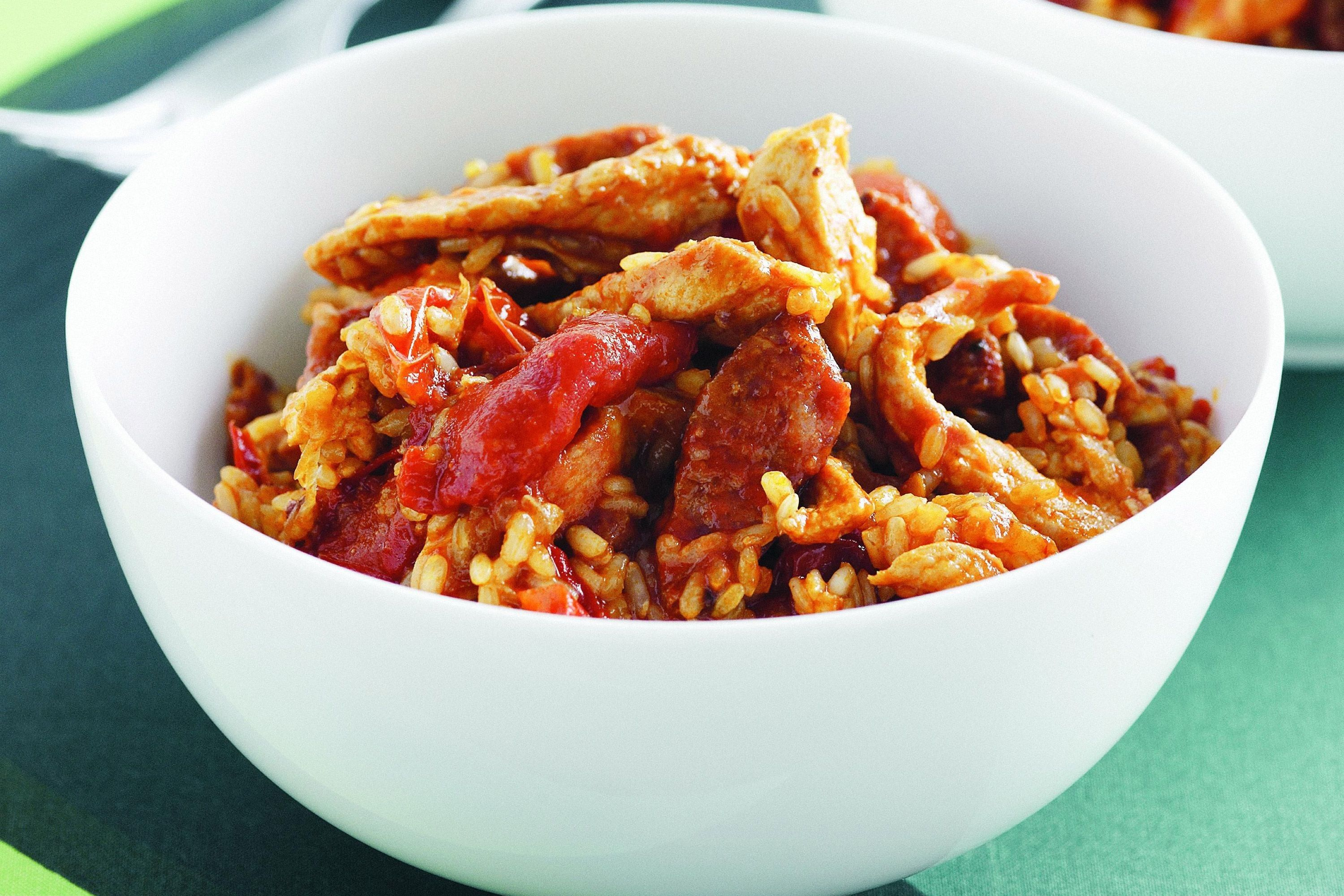 Spanish Style Rice With Chicken And Chorizo Recipe Chicken Chorizo Risotto Chicken Risotto Risotto Recipes