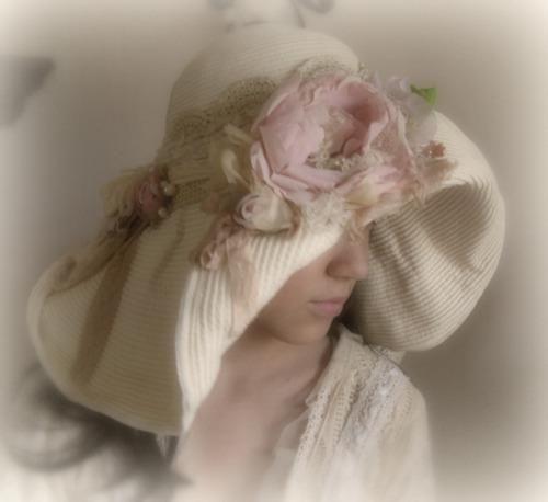 romantic bonnet