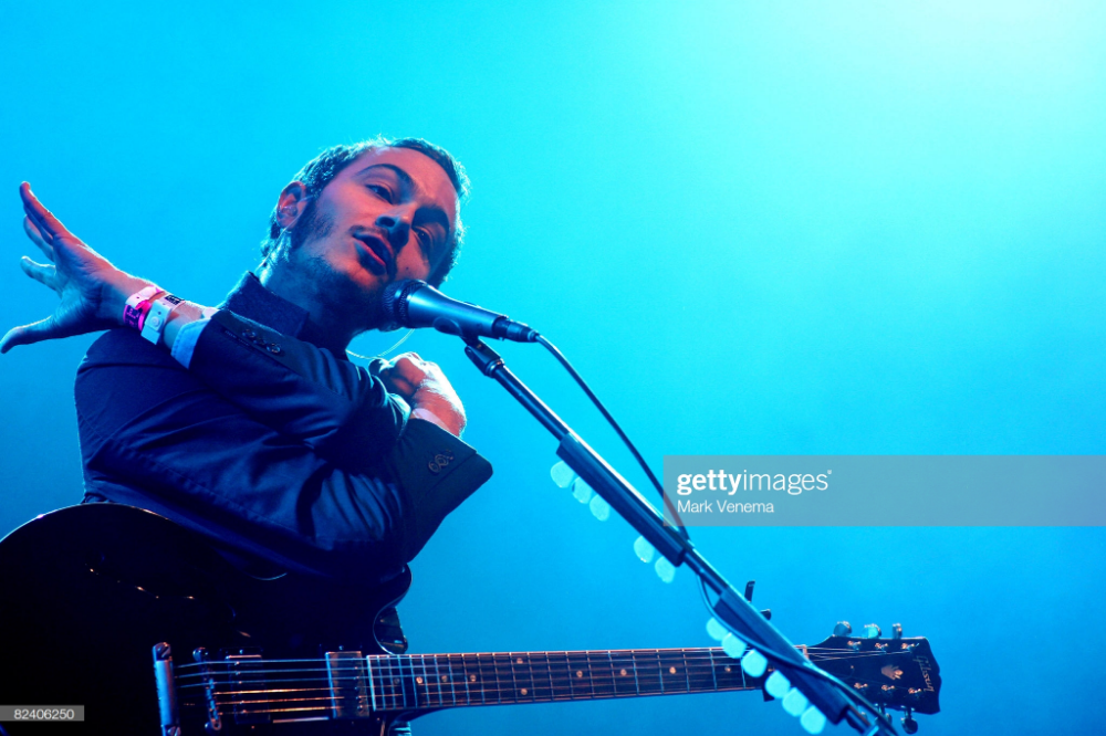News Photo Tom Smith Performs Live With His Band The Editors Him Band Performance Toms