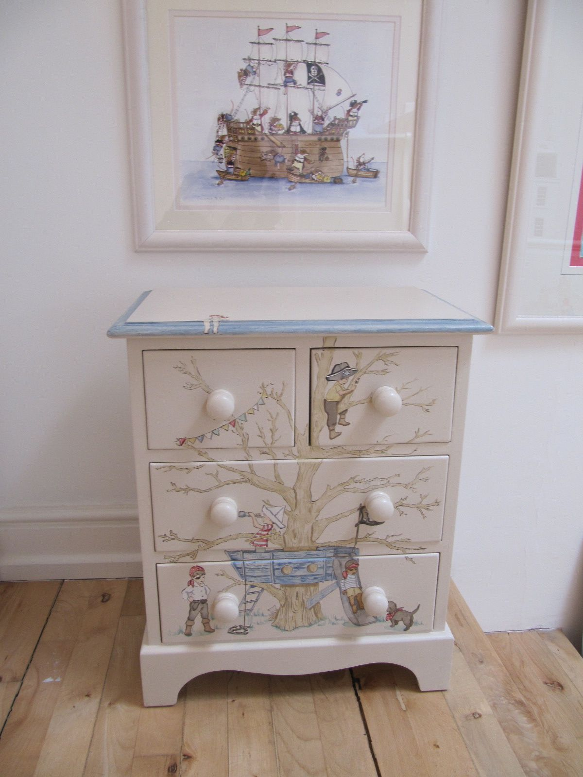 Pin By Annora On Home Interior Painted Baby Furniture