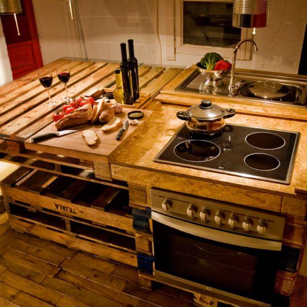 Progettare una cucina eco friendly cocinas pallet for Bancone cucina fai da te