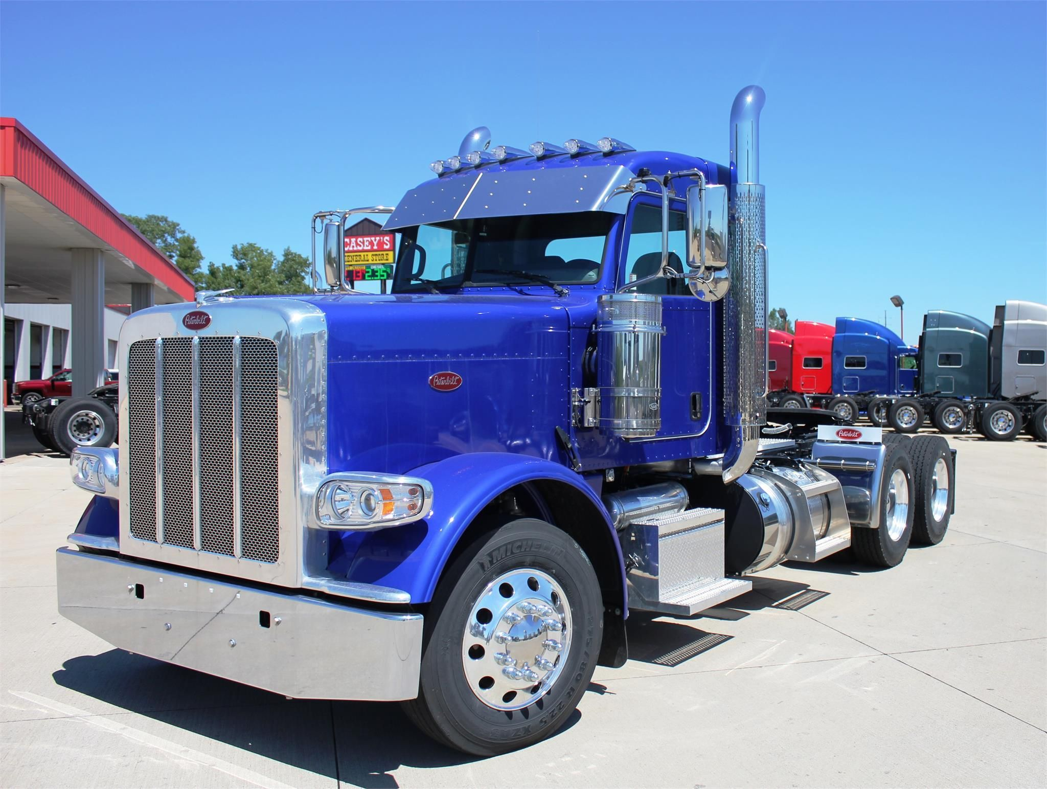 2016 peterbilt 389 day cab