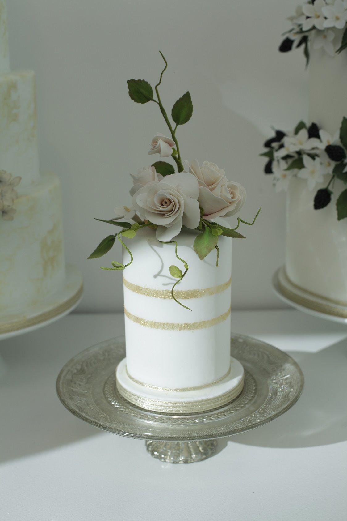 Peach rose mini wedding cake mini cakes peach and minis