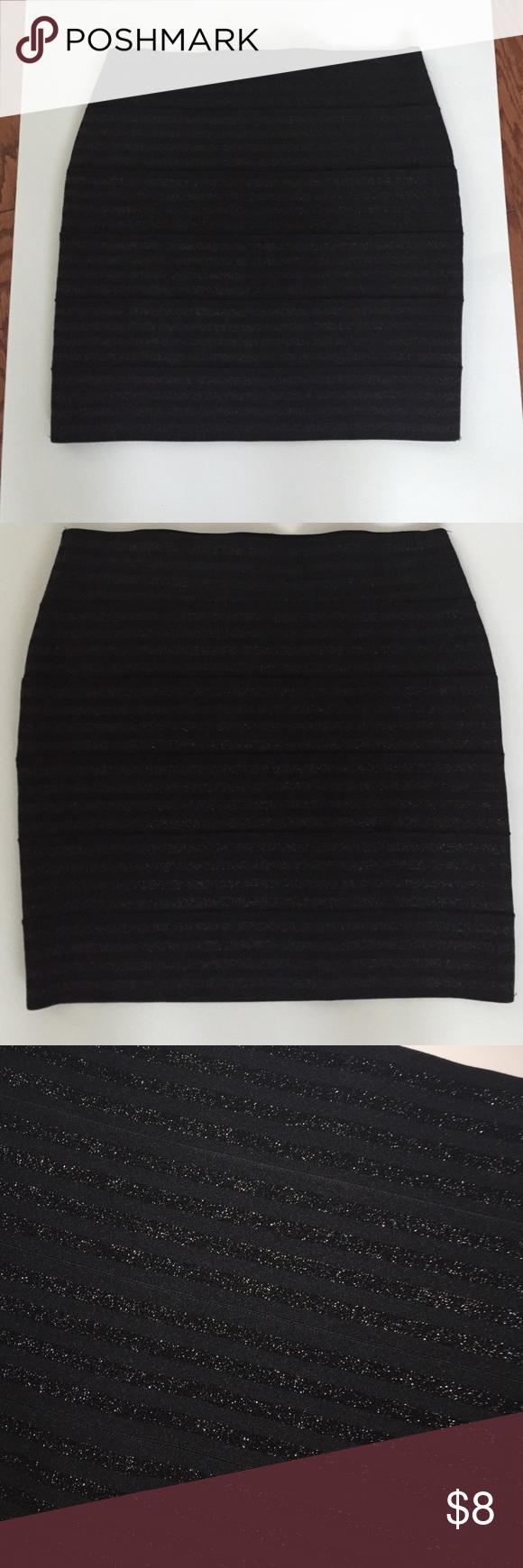 Forever 21 sparkly elastic skirt Forever 21 elastic sparkly mini skirt Forever 21 Skirts Mini
