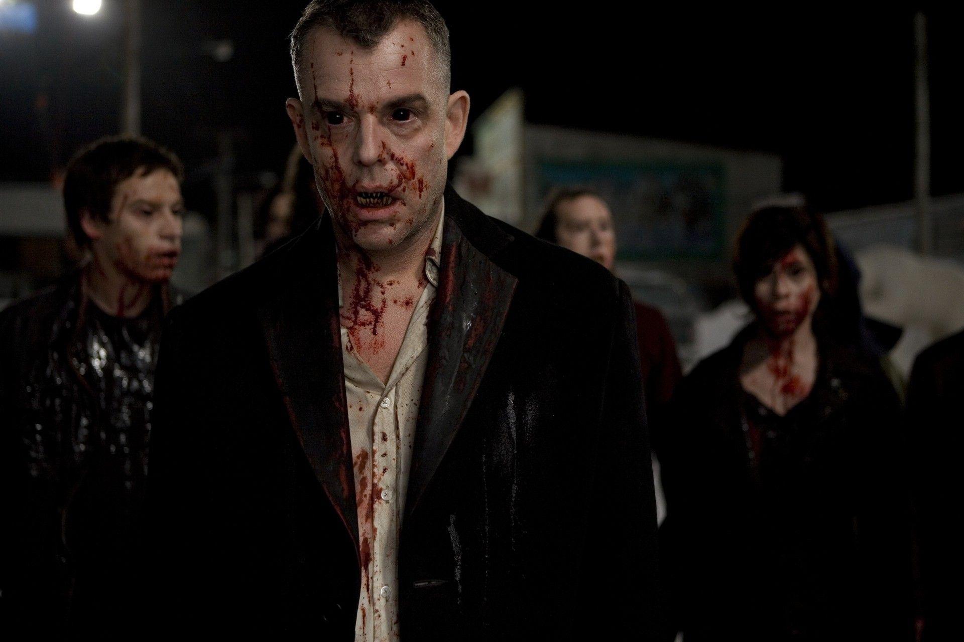 19 Stunning 30 Days Of Night Wallpapers Best Vampire Movies 30