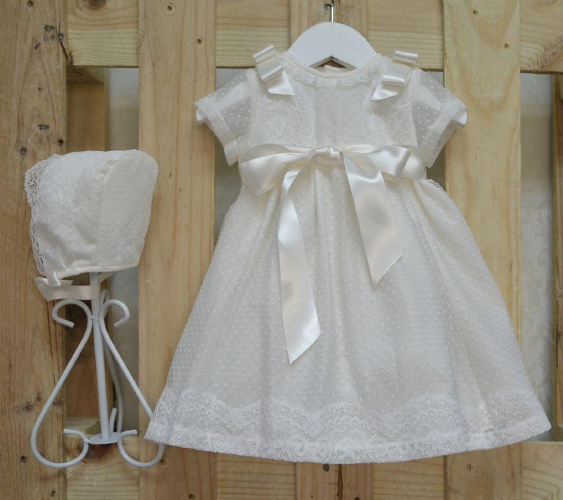 6c62ee608 Conjunto vestido y capota para bautizo de tul bordado. 6-9-12 M ...