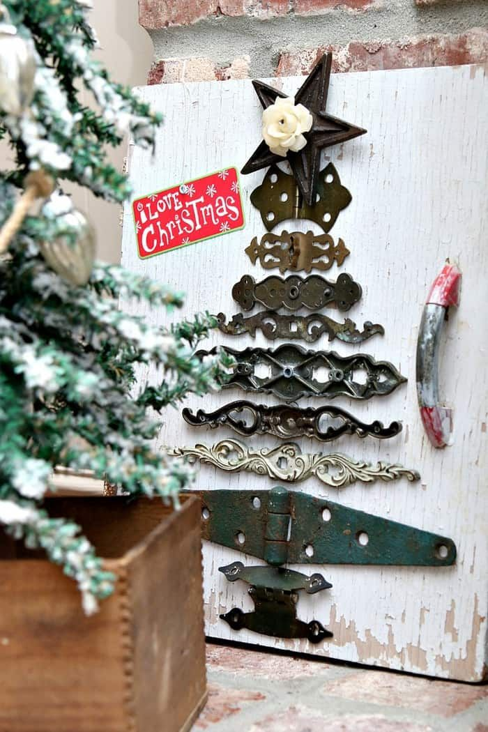 Diy Christmas Tree Idea Using Reclaimed Hardware Diy Christmas Tree Christmas Decor Diy Christmas Diy