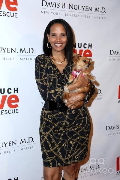 This Coming To America Actress Was Married To This Old School Artist Beautiful Smile Women Shari Headley Black Celebrities