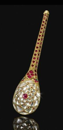 Mughal gem-set gold and jade objects and jewelry, India, 17th, 18th & 19th century
