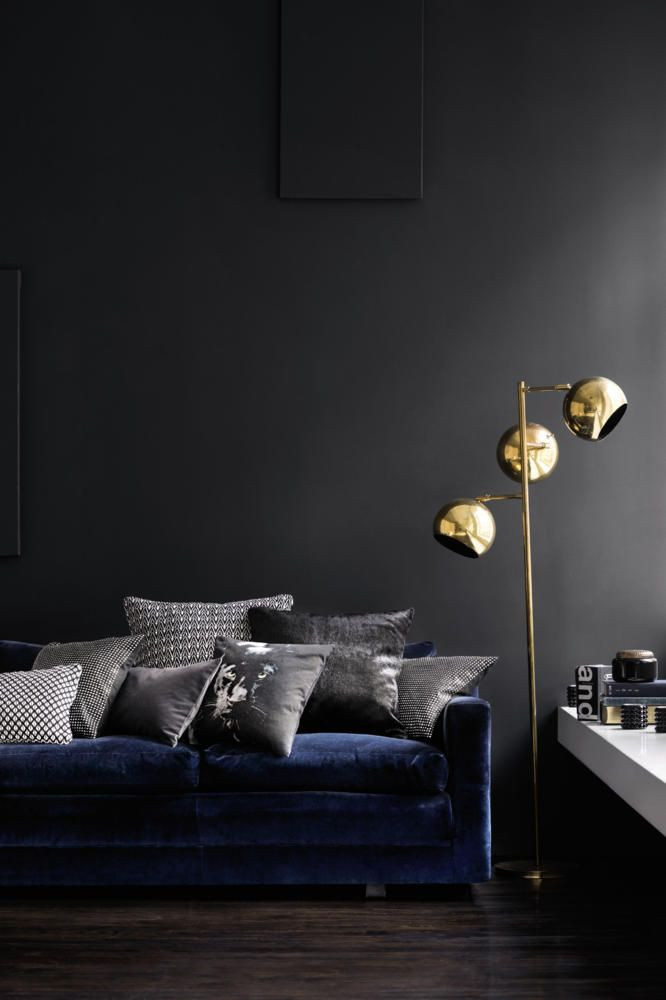 Dark Wall living room furniture With Velvet Sofa and beautiful Pillow (21 Different Style To Decorate Home With Blue Velvet Sofa)