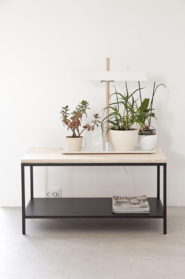 10 Easy Pieces Grow Lights For Indoor Plants Garden 400 x 300