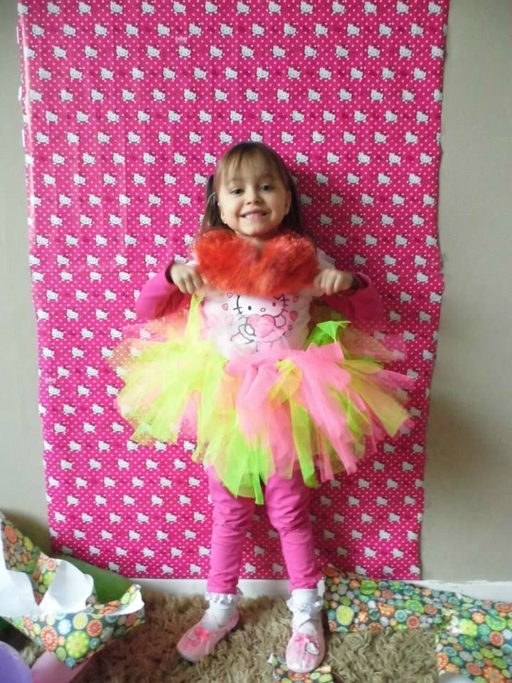 Birthday outfit, bought the leotard, made the tutu.  Hello Kitty themed party how to! This is the most AMAZING kids birthday party i have ever seen that I put together all on my own!