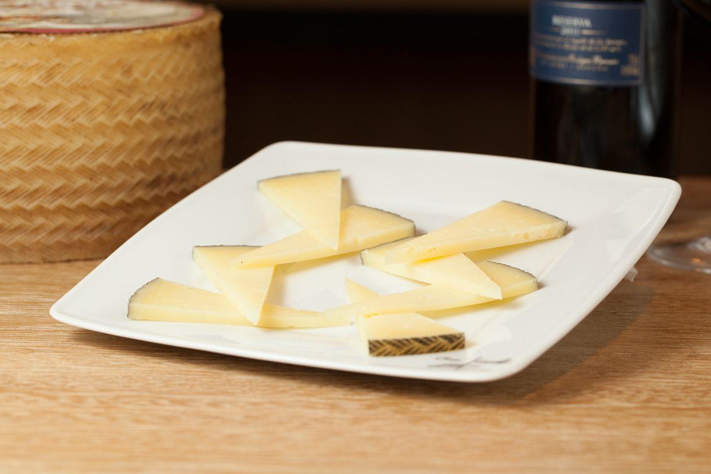 Cheeses queso manchego de oveja restaurant recipes