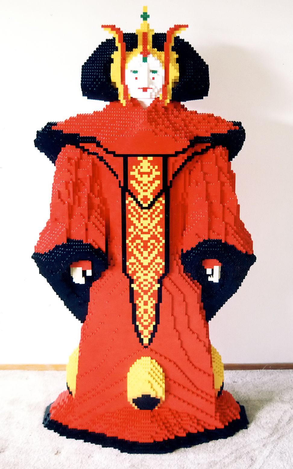 How are Lego sculptures in full size 22