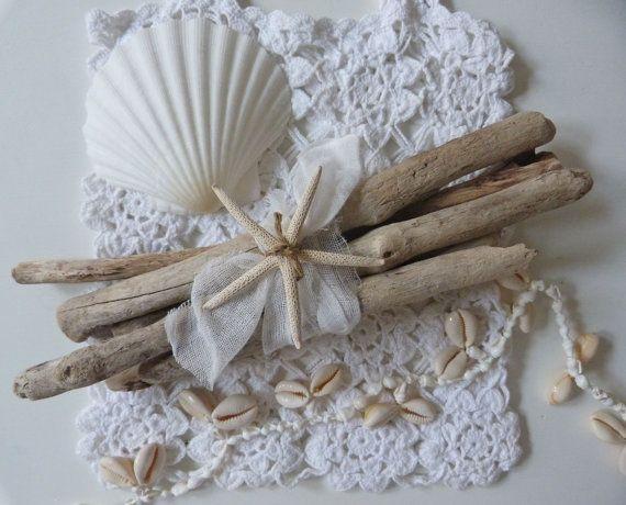Coastal Decor Shabby Chic: Driftwood Bundle With Starfish