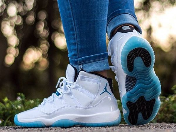 647c9b588df7 Air Jordan 11 Legend Blue -  andreaaar