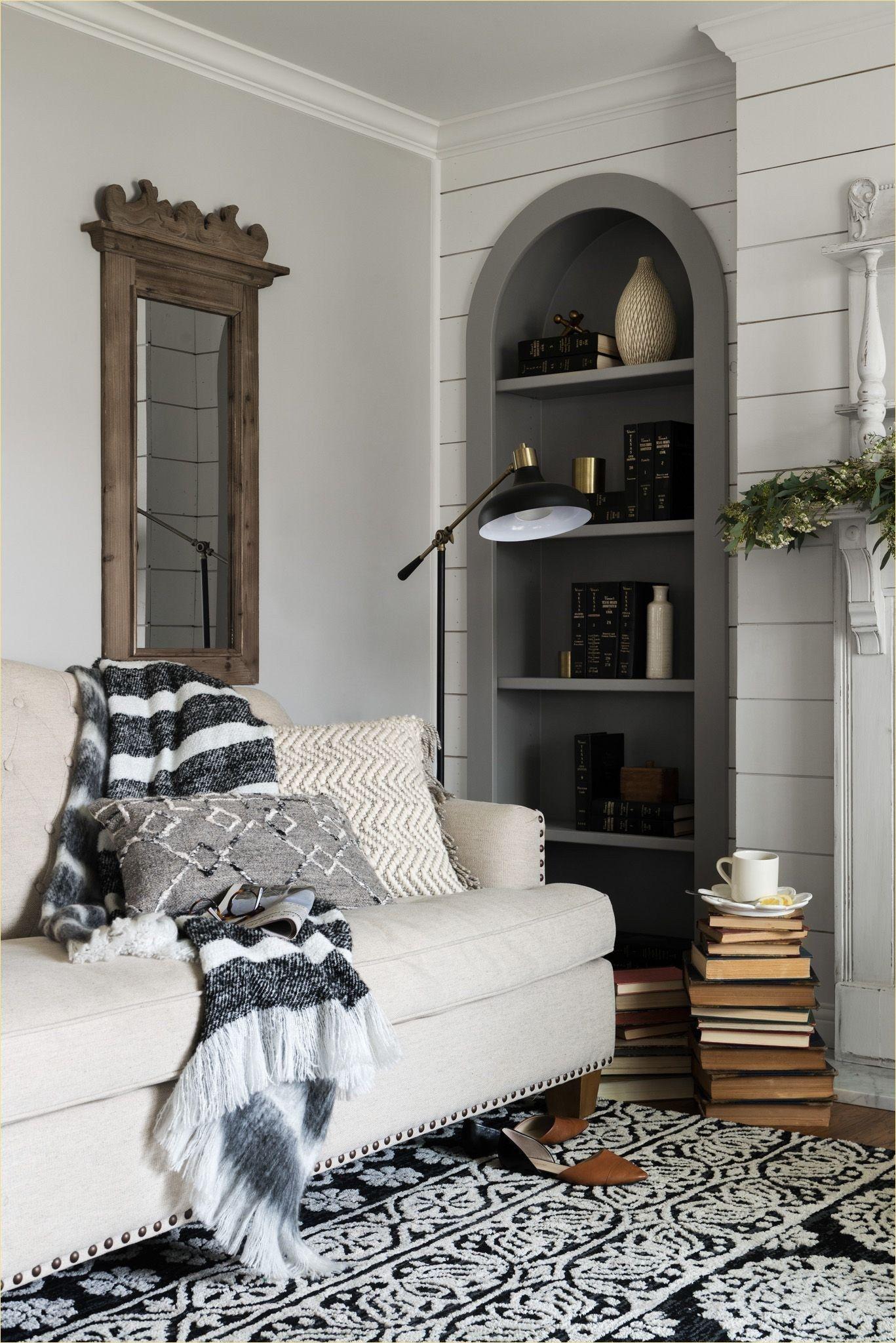 49 Gorgeous Farmhouse Living Room Pillow Ideas Living Room
