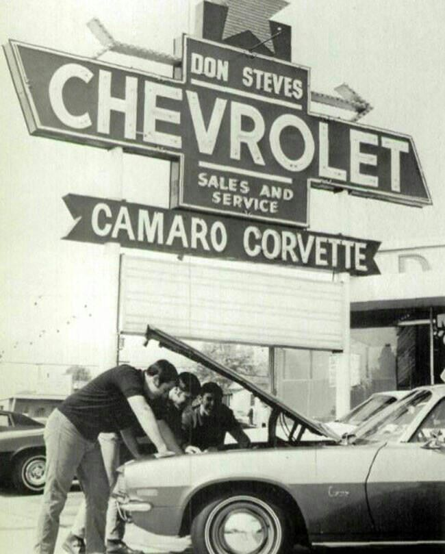 Chevrolet Dealership Old Car Dealership Sign Cardealer Vintage