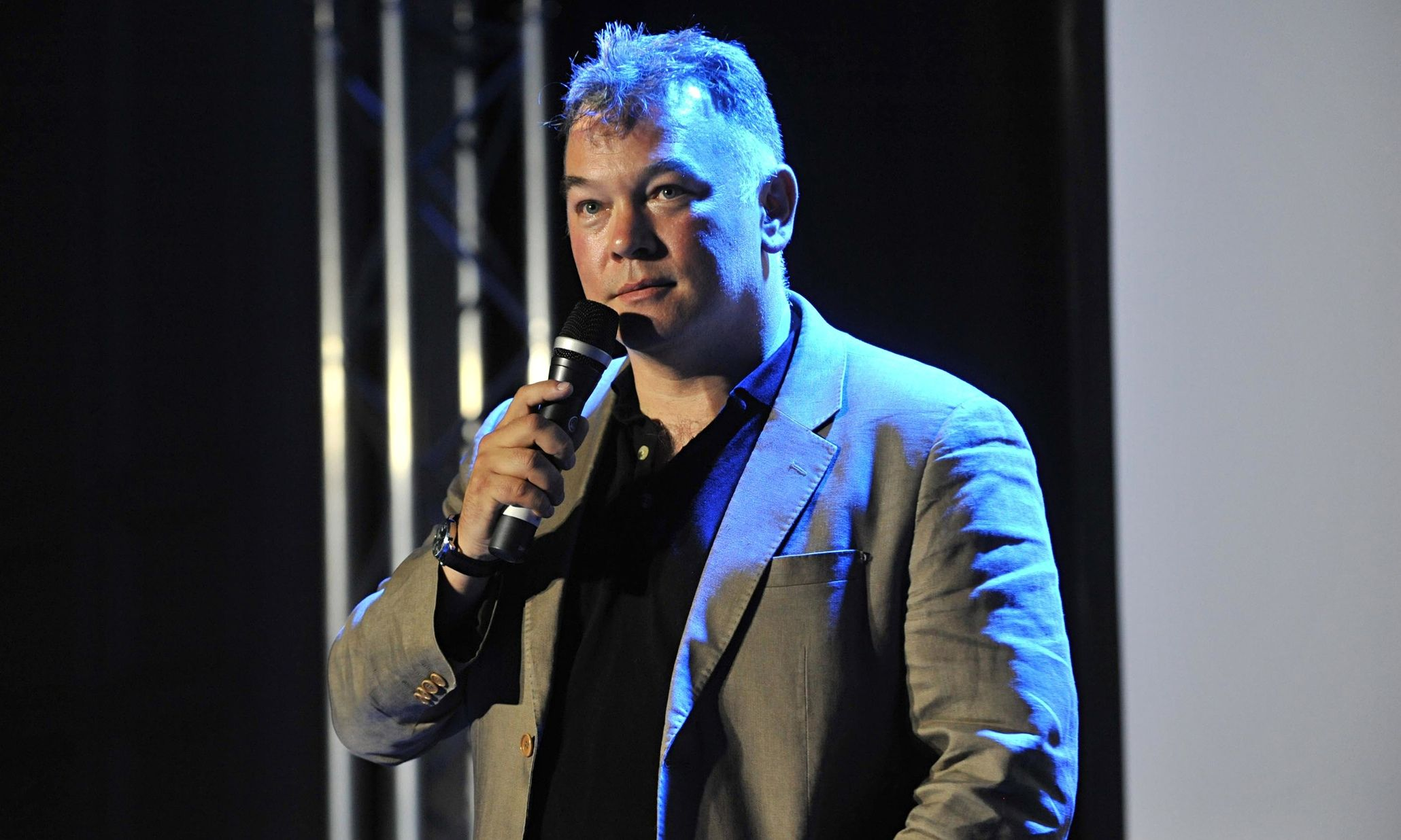 Secondary Ticketing Might Be Legal But That Doesn T Make It Morally Right Stewart Lee Morally Right Edinburgh Fringe Festival