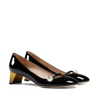 93e476509eaf Patent leather pump