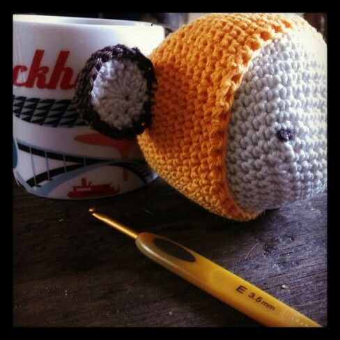 Afternoon tea and crochet