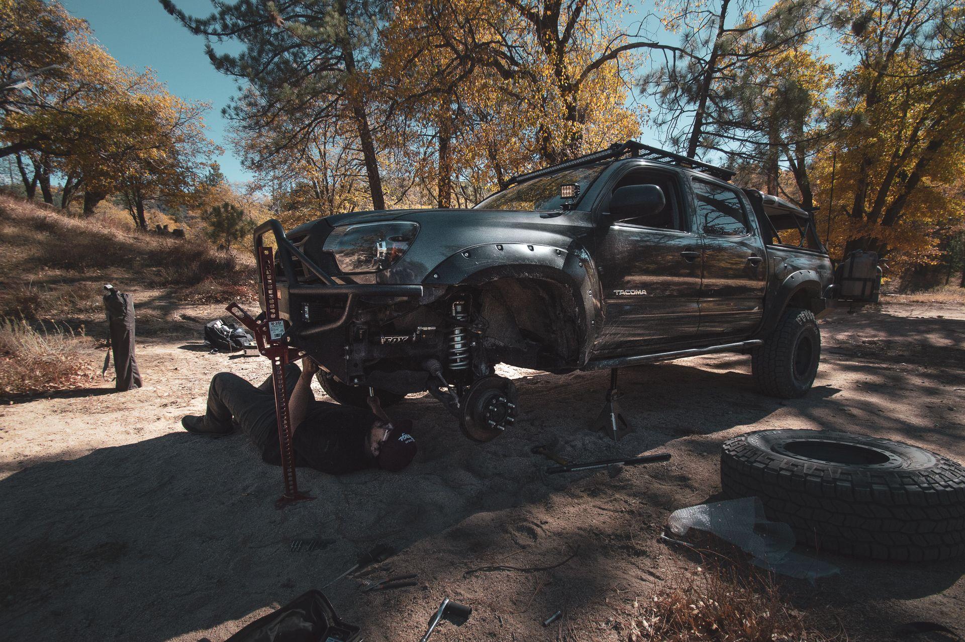 Offroad Surgery on Pilot Rock Trail FOX 2.5 DSC Takes