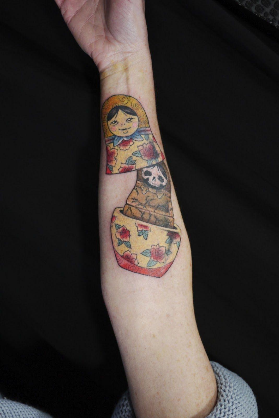 Porte jartel tatouage galerie tatouage - Tatouage famille homme ...